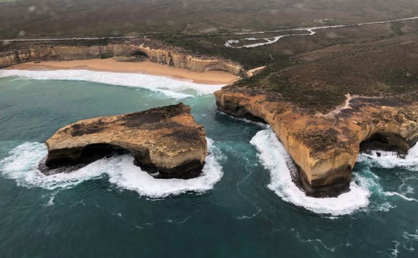 玩盡墨爾本的海陸空 – 直升機遊十二門徒石篇